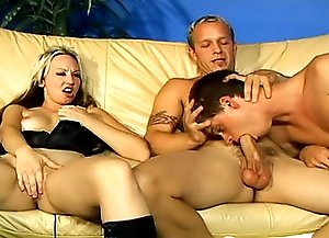 Blondie blowjobs abd fucks with two bisexulas before strapon fucking their asses